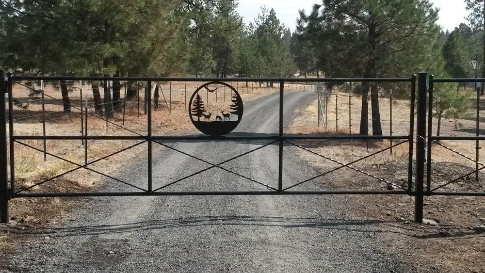 ranch gate in Chewelah